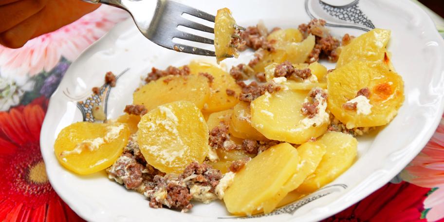 Pečeni krompir sa mlevenim mesom