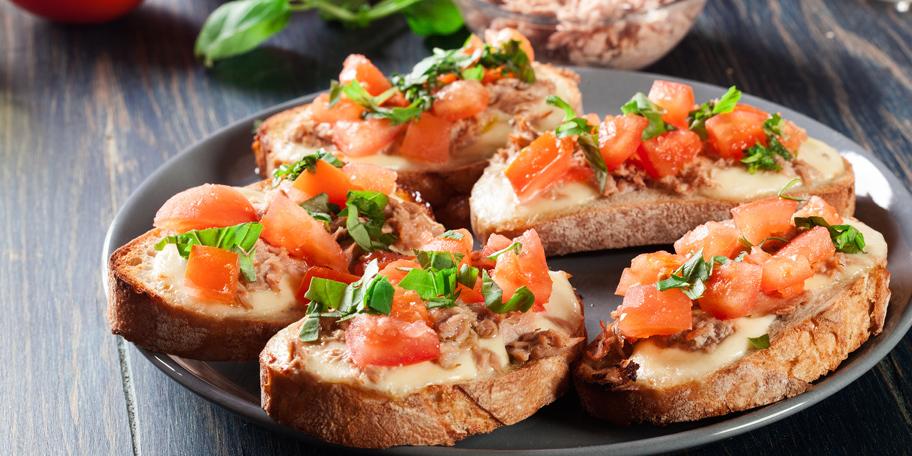 Sendviči sa tunjevinom i topljenim sirom