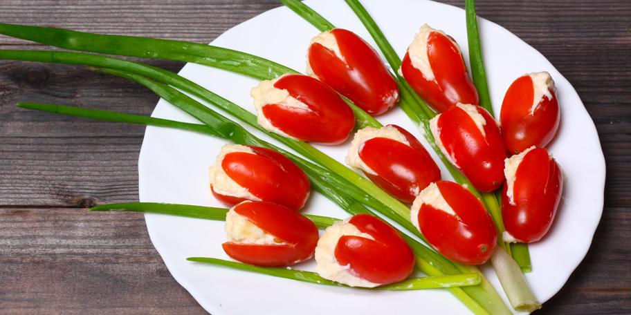 Feta sir u čeri paradajzu