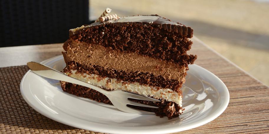 Lešnik torta sa čokoladom