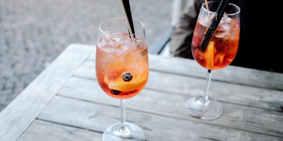 Koktel sa Aperolom i voćem