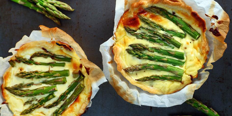 Tart sa asparagusom