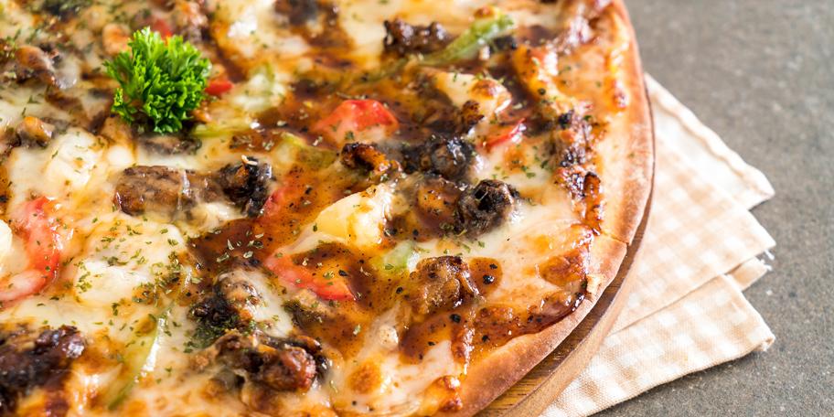Pica sa svinjetinom
