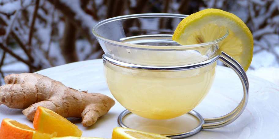 Topli napitak od limuna, narandže i đumbira
