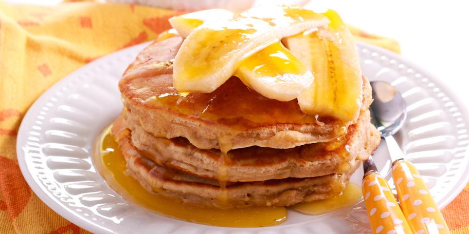 Američke palačinke sa medom i bananama