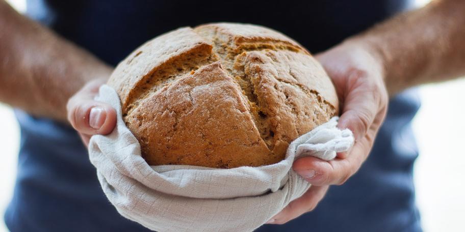 Hleb od četiri vrste brašna