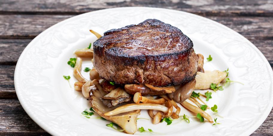 Biftek sa pečurkama