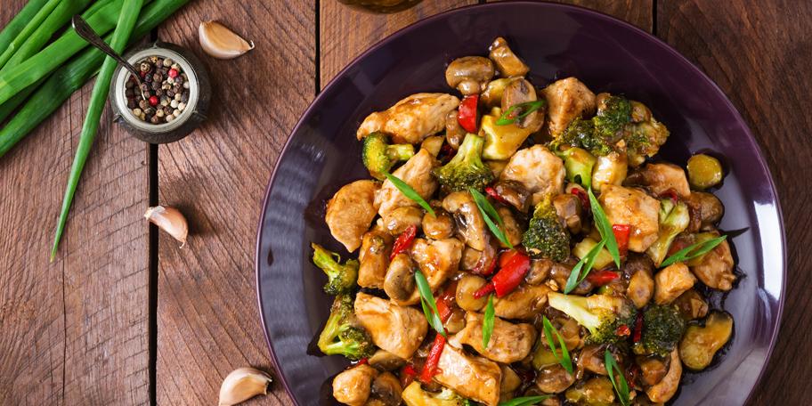 Piletina sa pečurkama i brokolijem