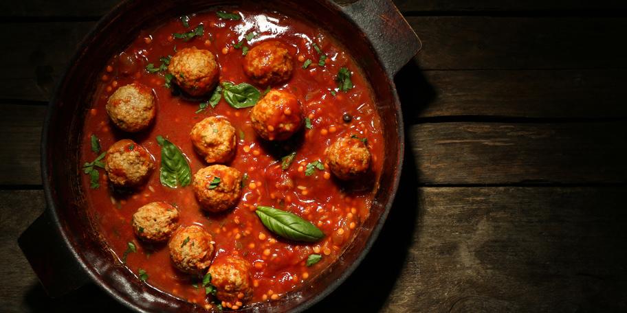 Ćufte u pikantnom sosu od paradajza