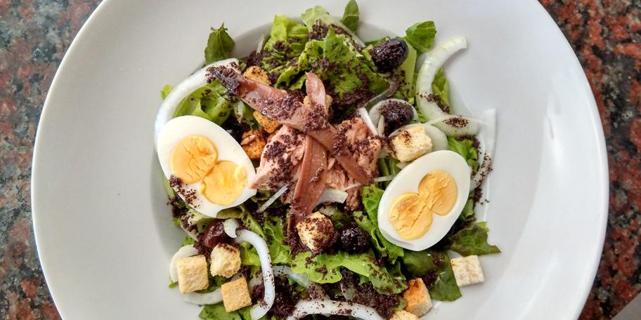 Osvežavajuća salata sa tunjevinom