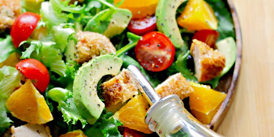 Avokado salata