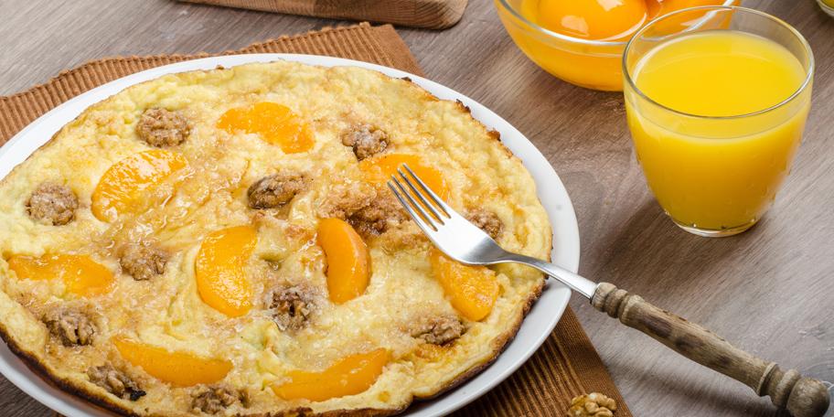 Slatki omlet sa breskvom