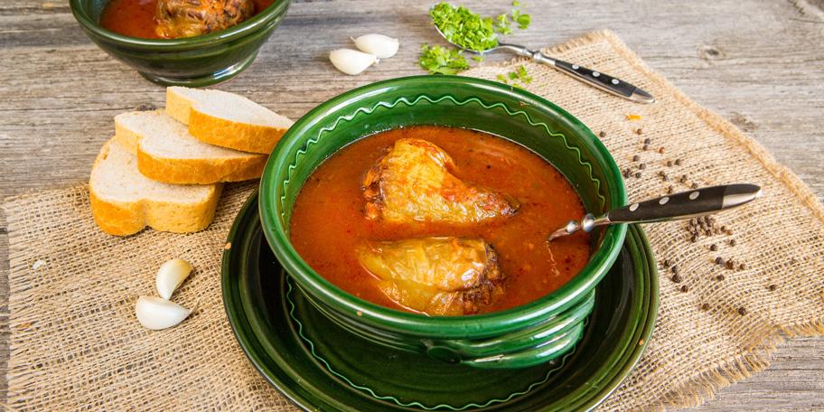 Punjene paprike u paradajz sosu