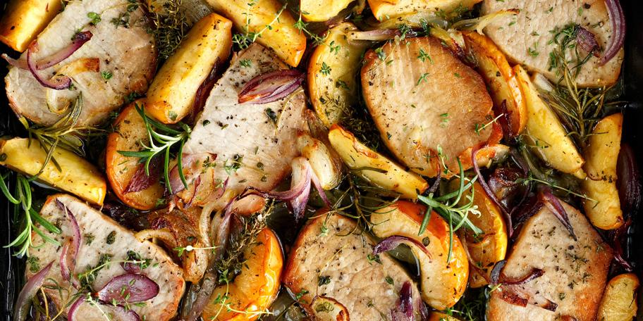 Pečena svinjetina sa jabukama i lukom