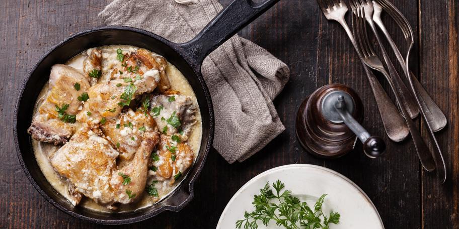 Piletina u sosu od belog luka